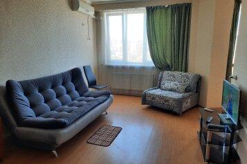 1-комн. квартира, 40 кв.м. на 4 человека, проспект Ленина, 91, Новороссийск - Фотография 1
