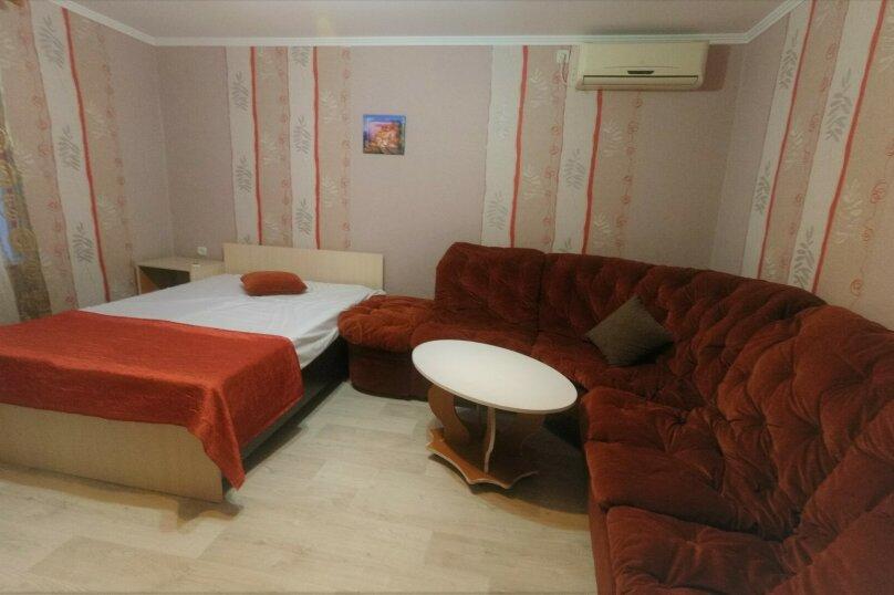 Отдельная комната, Поворотная улица, 44А, Евпатория - Фотография 2