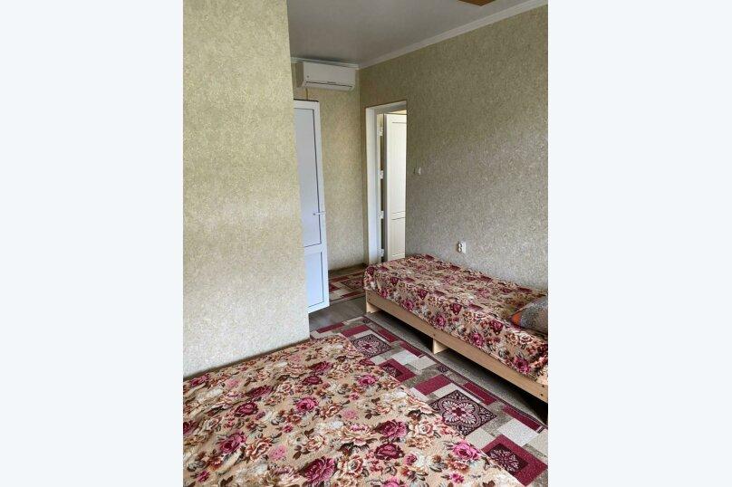 Четырехместный номер с балконом (8) второй этаж, Курская улица, 25-А, Береговое, Феодосия - Фотография 4