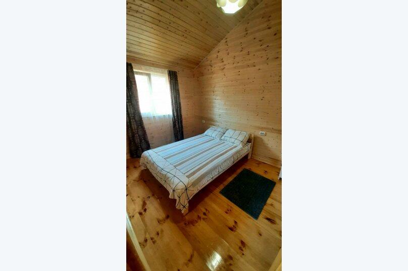 Деревянный дом с террасой, СНТ Приморье, Цветочная на 1 номер - Фотография 7