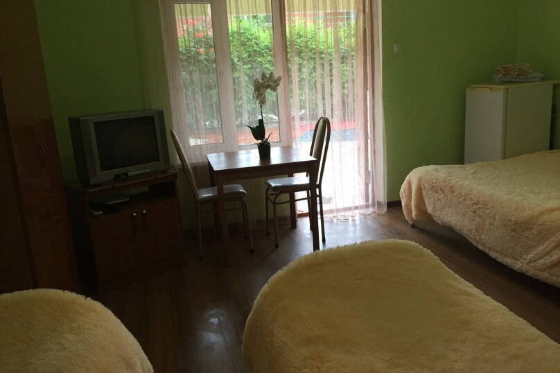 Гостевой дом «ВИКТОРИ», улица Ленина, 32А на 9 комнат - Фотография 23