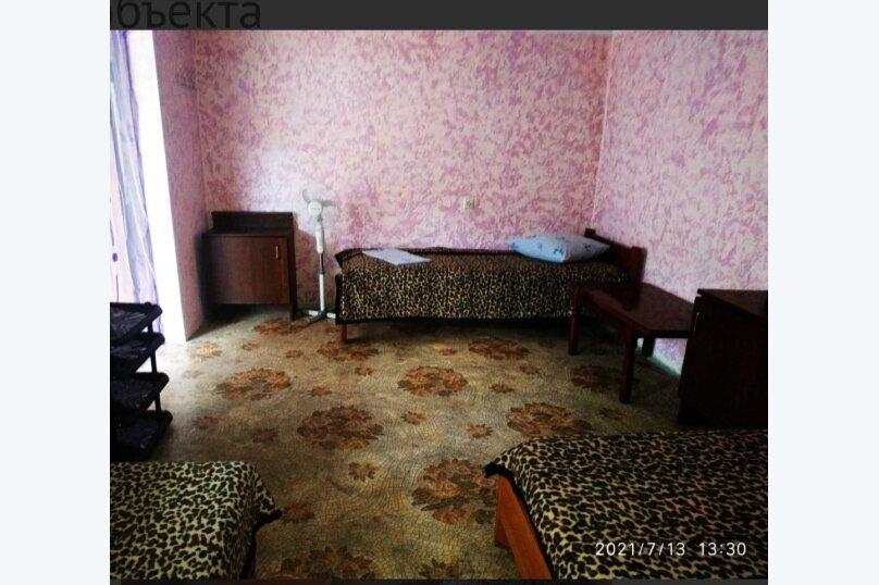 """Гостевой дом """"SV-GOLDFISH"""", Центральная улица, 1 на 12 комнат - Фотография 29"""