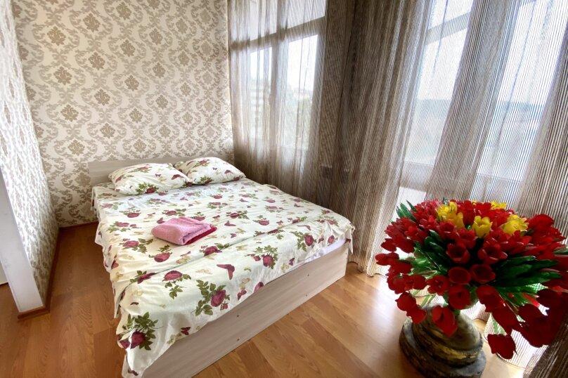 Четырёхместный Люкс с балконом , улица Куйбышева, 10, Ялта - Фотография 2