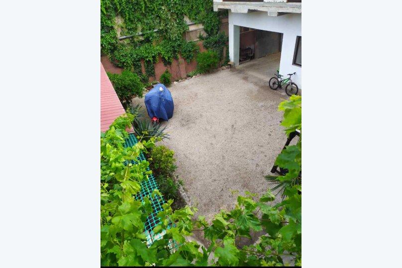 Гостевой дом  У Тимура , улица Мусы Мамута, 15 на 13 комнат - Фотография 20