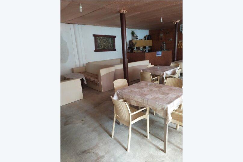 Гостевой дом  У Тимура , улица Мусы Мамута, 15 на 13 комнат - Фотография 24