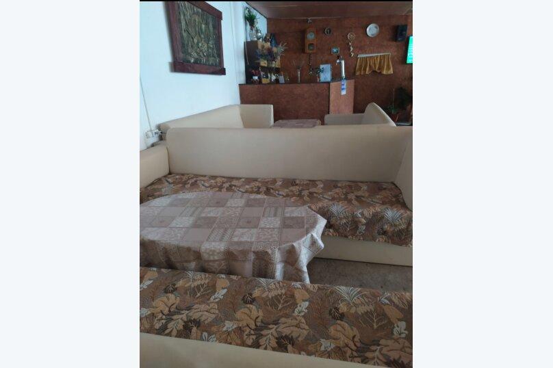 Гостевой дом  У Тимура , улица Мусы Мамута, 15 на 13 комнат - Фотография 25