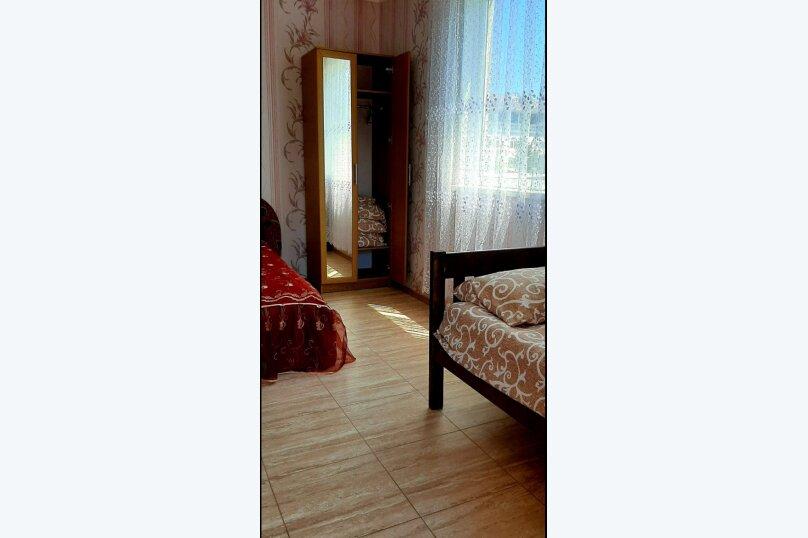 Гостевой дом  У Тимура , улица Мусы Мамута, 15 на 13 комнат - Фотография 48