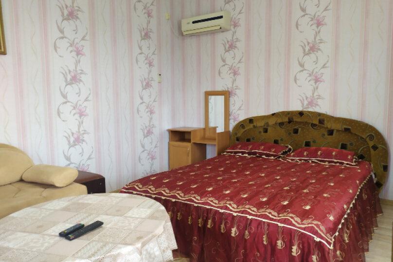 Гостевой дом  У Тимура , улица Мусы Мамута, 15 на 13 комнат - Фотография 52