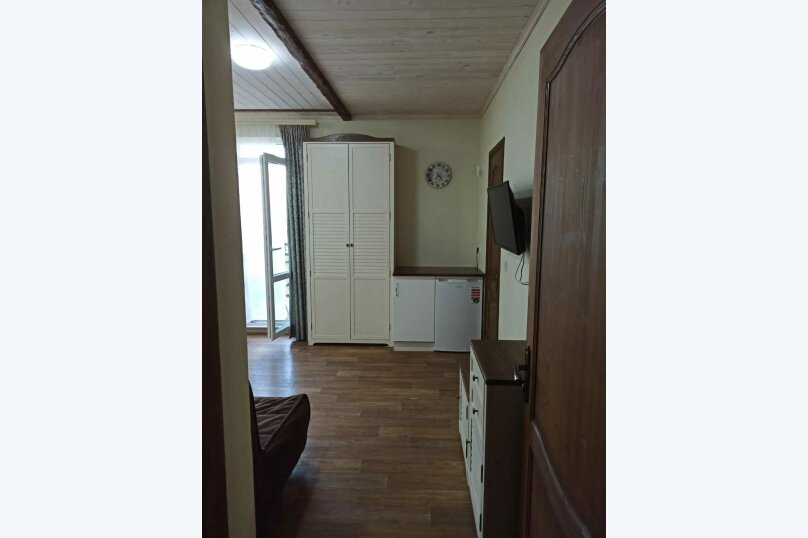 """Гостевой дом """"Лето"""", улица Зои Космодемьянской, 5А на 9 комнат - Фотография 32"""
