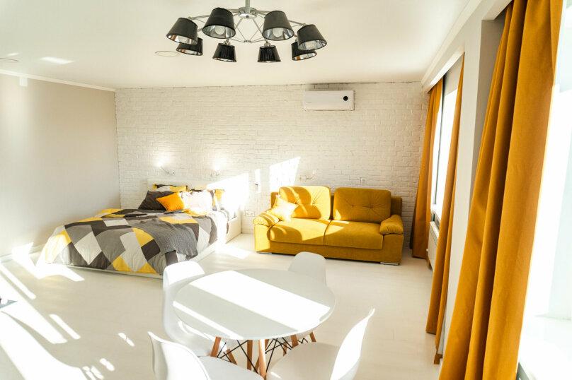 1-комн. квартира, 40 кв.м. на 4 человека, улица Комарова, 61, Брянск - Фотография 4