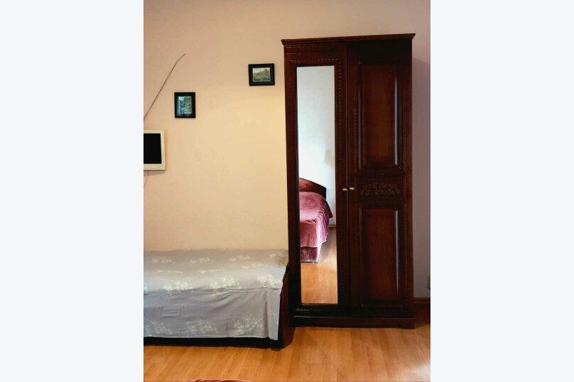 """Гостевой дом """"У Розы"""", Кабардинская улица, 19 на 8 комнат - Фотография 60"""