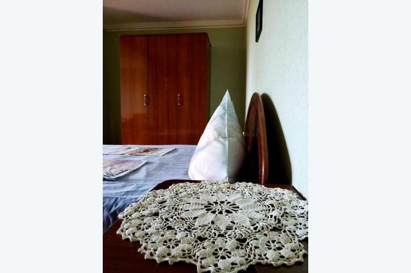 """Гостевой дом """"У Розы"""", Кабардинская улица, 19 на 8 комнат - Фотография 14"""