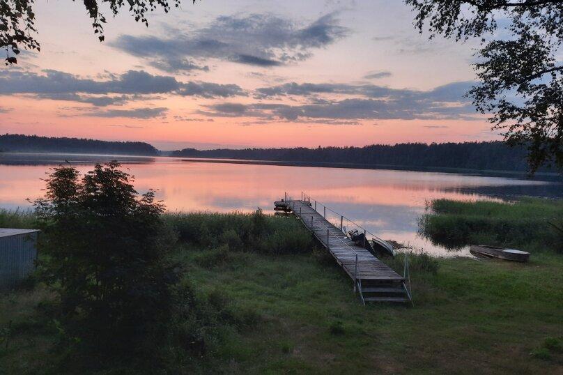 Дом в лесу ( 4 шт.) на берегу озера , деревня Стеклино, 36 на 4 номера - Фотография 13