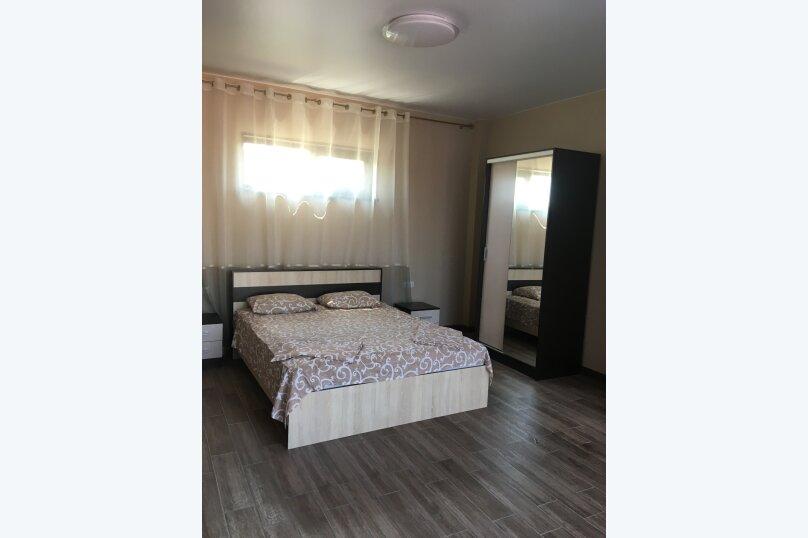 Отдельная комната, улица Мусы Мамута, 15, Судак - Фотография 1