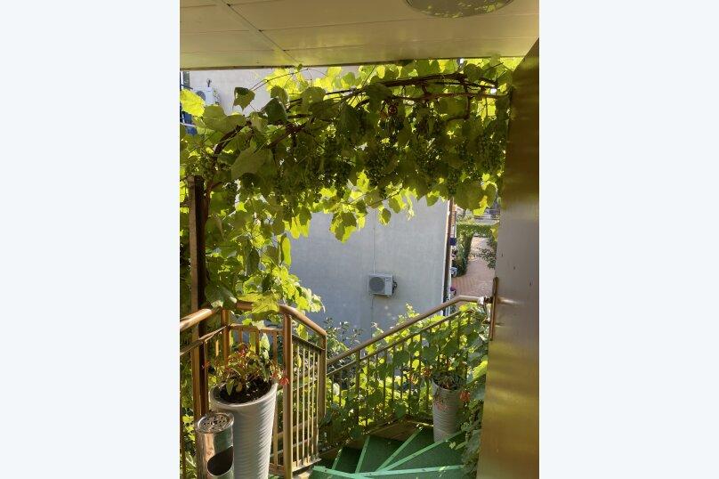 """Гостевой дом """"Радушные южане"""", улица Ленина, 221/12 на 10 комнат - Фотография 10"""