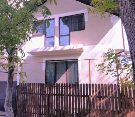 """Гостевой дом  """"Эвелина"""", улица Чайковского, 13 на 7 комнат - Фотография 1"""