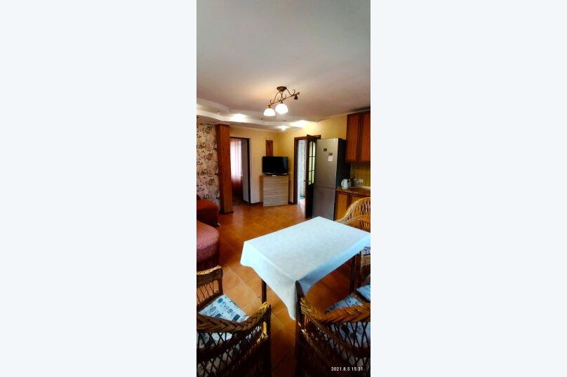 Часть дома с отдельным входом, второй этаж, 40 кв.м. на 4 человека, 1 спальня, улица Саранчева, 13, Алушта - Фотография 15