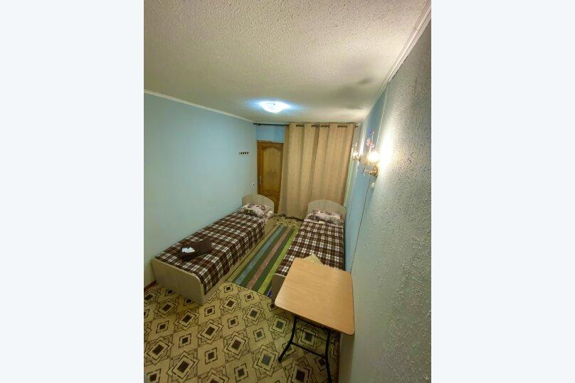 "Гостевой дом ""Лука"", улица Свердлова, 27Б на 8 комнат - Фотография 30"