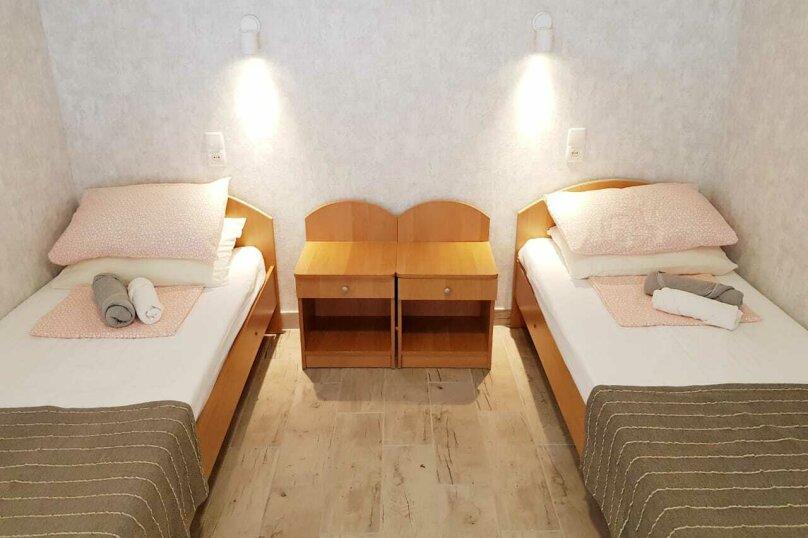 Двухместный с 2 отдельными кроватями и террасой, улица Ленина, 144Д, Коктебель - Фотография 1