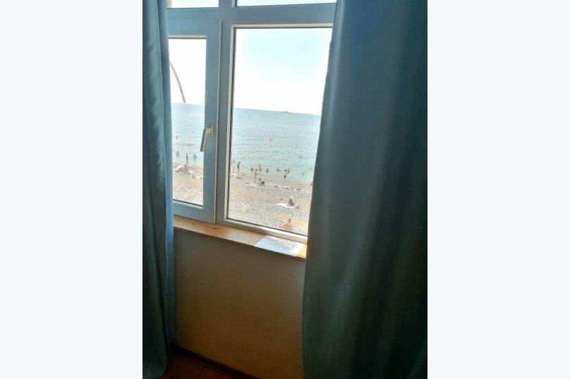 Номера с видом на море, Азовская улица, пом. 85-88 на 3 номера - Фотография 17