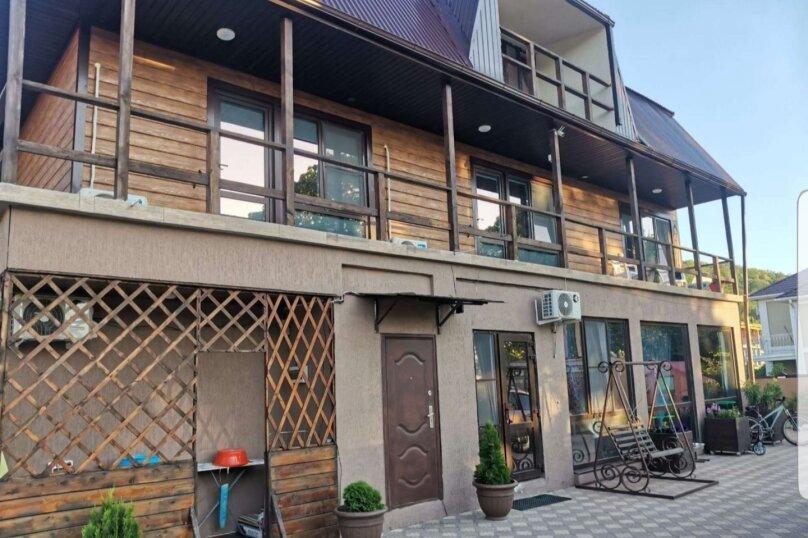 """Гостевой дом """"Дольмен"""", квартал жилой застройки Рассвет, 4-А на 9 комнат - Фотография 1"""