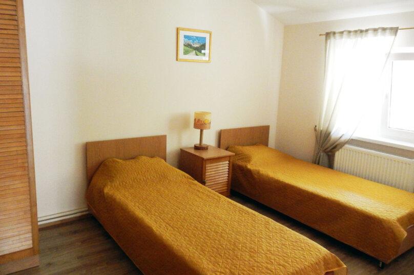 Дом для отпуска, 160 кв.м. на 12 человек, 6 спален, Лесная улица, 49И, Гузерипль - Фотография 11