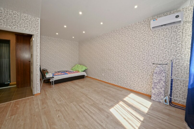 1-комн. квартира, 40 кв.м. на 2 человека, улица Шумского, 16, Волгоград - Фотография 2