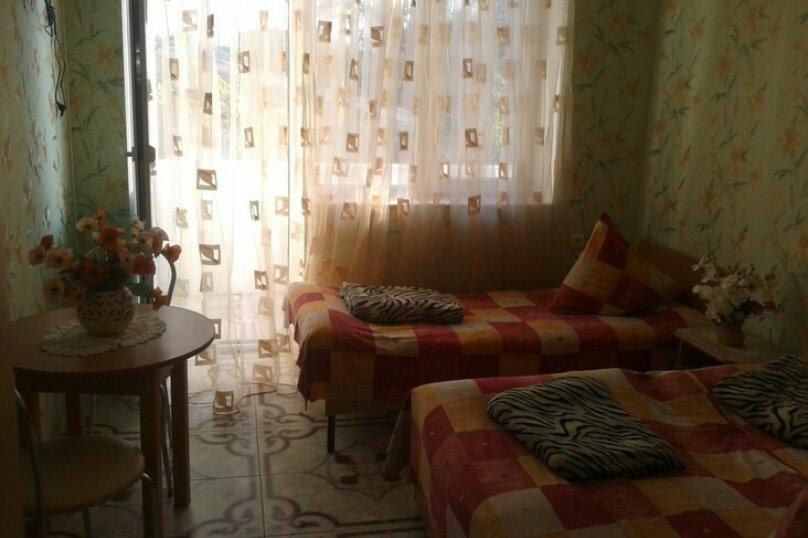 3-х местный: 2+1 № 9, Трудовая улица, 1А, Николаевка, Крым - Фотография 1