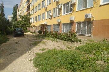 """Апартаменты """"На Поветкина"""", переулок Поветкина, 16 на 3 комнаты - Фотография 1"""