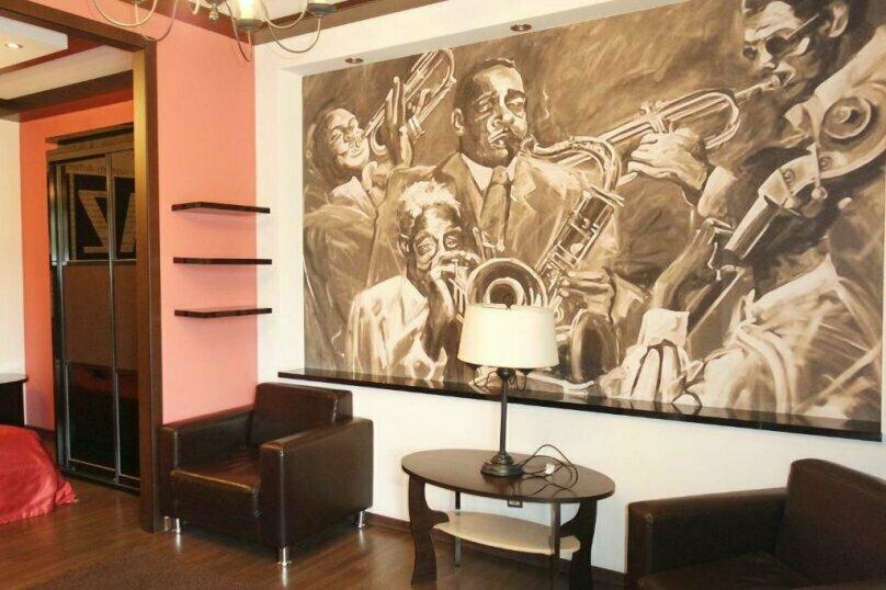 """Отель """"Music Hall"""", Революционная улица, 6 на 10 номеров - Фотография 16"""