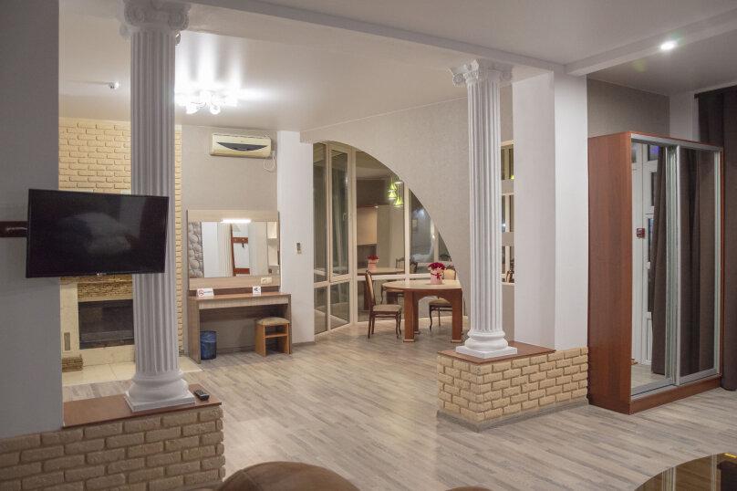 Люкс двухместный, улица Крестовского, 87А, Балаклава - Фотография 1