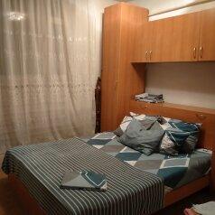 3-комн. квартира, 50 кв.м. на 5 человек, теплосерная, 21, Пятигорск - Фотография 1