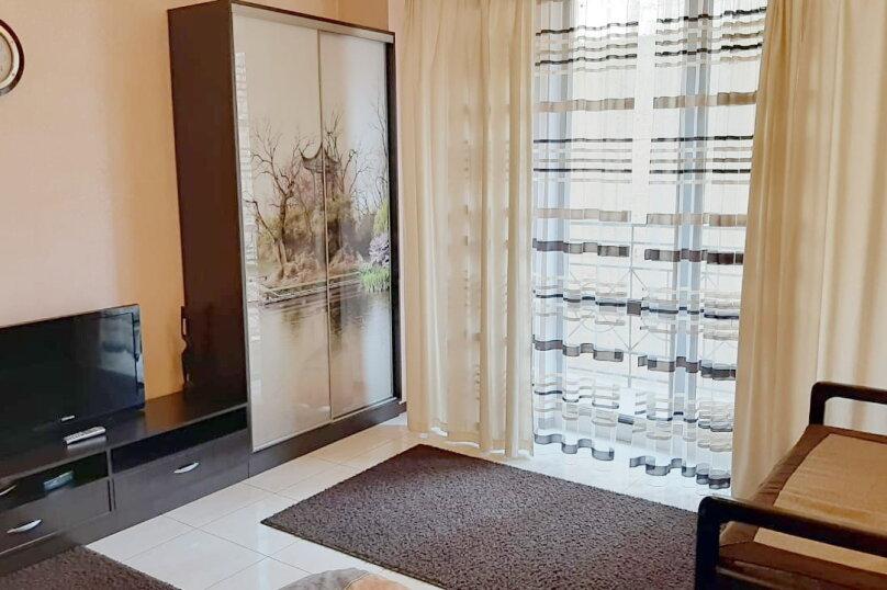 1-комн. квартира, 46 кв.м. на 3 человека, Новороссийская улица, 38, Севастополь - Фотография 1