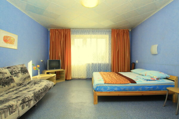 1-комн. квартира, 43 кв.м. на 2 человека, улица 40-летия Победы, 31, Челябинск - Фотография 1