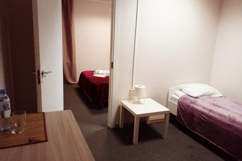 Семейный №4 две комнаты, улица Достоевского, 30, Санкт-Петербург - Фотография 1