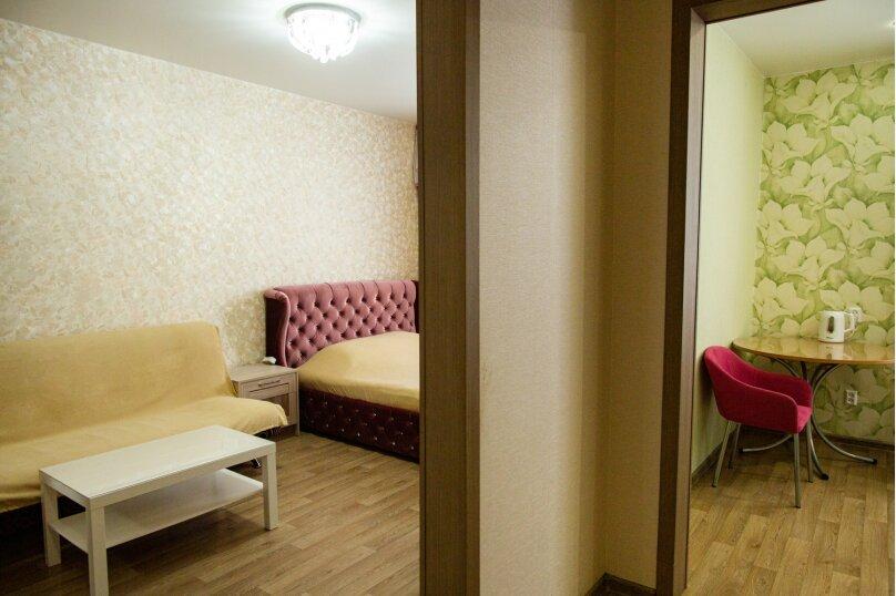 1-комн. квартира, 36 кв.м. на 4 человека, Киевская улица, 3, Иркутск - Фотография 9