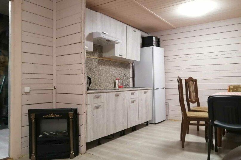 Загородный коттедж с сауной (синий коттедж №3), 70 кв.м. на 7 человек, 2 спальни, Всеволожский район, Выборгская улица, 156, Санкт-Петербург - Фотография 15