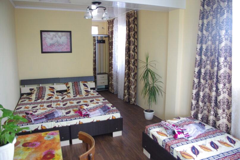 Семейный номер для 4 человек, улица Кочмарского, 36, Феодосия - Фотография 3