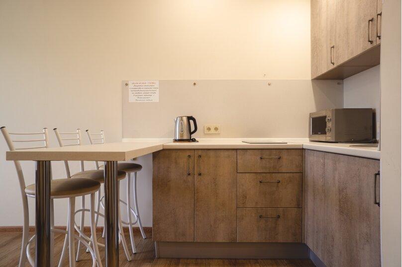 Апартаменты-студио в «ЖК Алмаз», улица Блюхера, 19 на 10 номеров - Фотография 81