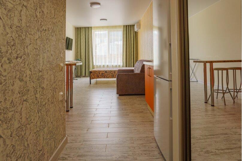 Апартаменты-студио в «ЖК Алмаз», улица Блюхера, 19 на 10 номеров - Фотография 85