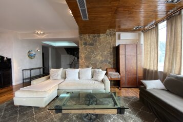 5-комн. квартира, 500 кв.м. на 8 человек, Севастопольское шоссе, 52П, Гаспра - Фотография 1