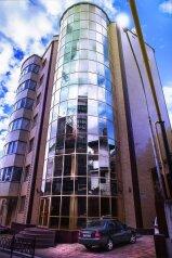 """Отель """"BERGS"""", микрорайон Светлана, Учительская улица на 20 номеров - Фотография 1"""