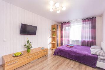 1-комн. квартира, 35 кв.м. на 4 человека, улица Багратиона, 47, Калининград - Фотография 1